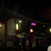 老街のお寺