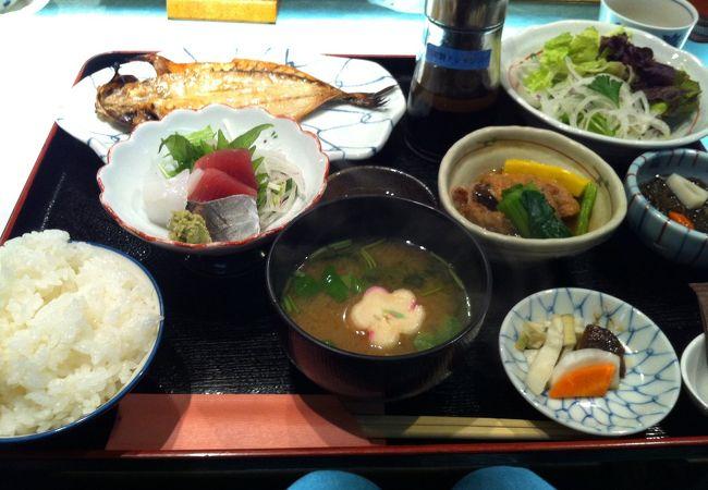 干物とお刺身、地場野菜、熱海の美味しさ満載