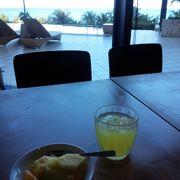 ホテルで美味しい朝食を