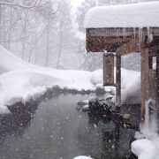 雪の時期の露天風呂は辛い