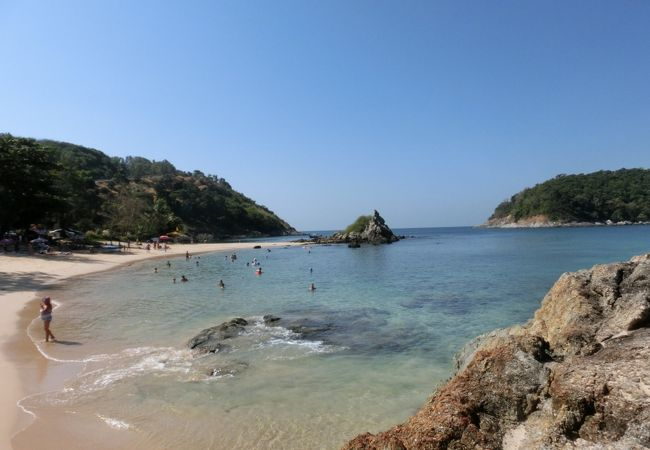 海はきれいだが、足をどうするか