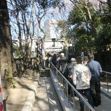 恵比寿さま詣りは長い行列