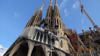 三度目の訪問、地下聖堂に行きたかったのですが、ツアーでは難しそう!