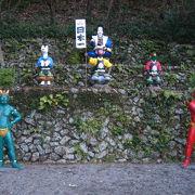 桃太郎の世界が広がる遊び心に富んだ神社
