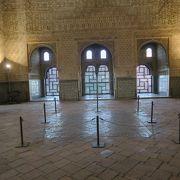 コマレスの塔にある王が他国の大使との謁見に利用した部屋