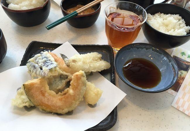 揚げたての天ぷらを食べるなら