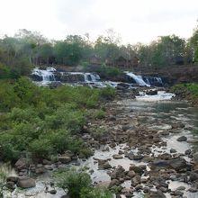 乾季のタートロの滝です