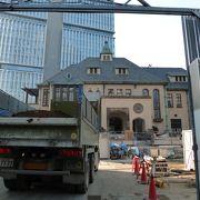 「赤坂プリンス旧館」移設工事中