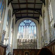 素敵な教会です。眺めとロケーションも最高。