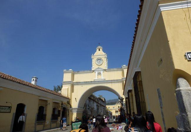 アンティグアの街のシンボル