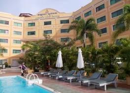 ゴールデン サンズ ホテル 写真