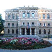 オペラ・演劇などクロアチア芸実の中心