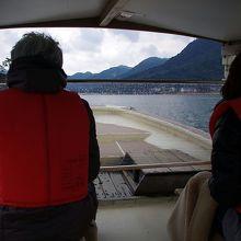 萩八景遊覧船の船上です。