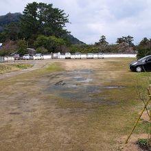 萩八景遊覧船に乗船する方の駐車場(無料)です。