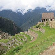 遺跡を見張る とのことですが 意味がない インカ道からの来場者(侵入者)を見張ったのでは