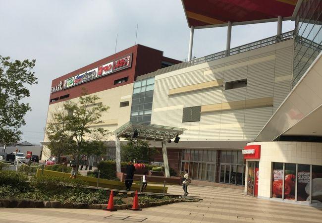 大きなショッピングモール