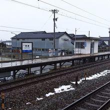 明峰駅ホーム
