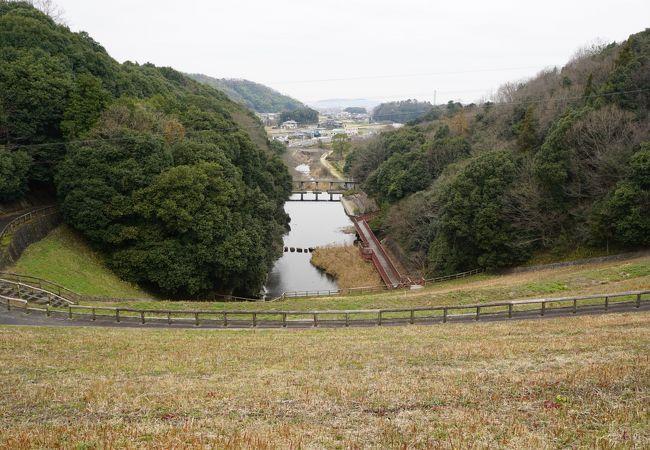 満濃池と金倉川はセットで丸亀平野の灌漑に資してきたということでしょう