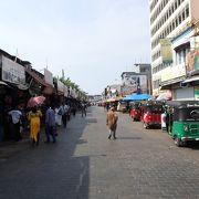 アジアを感じる古い繁華街