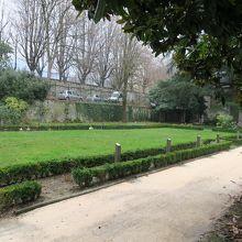 サンタール庭園