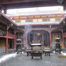黄龍後寺内部。