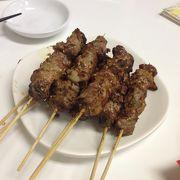 羊肉の串焼きが美味しい