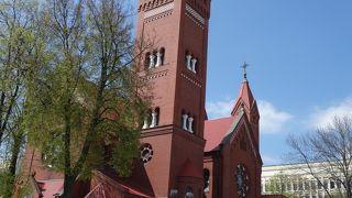 ミンスクのレーニン像の近く