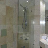 シャワーが固定式じゃなく、かなり嬉しかったです