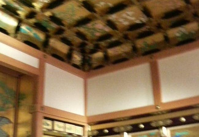 金箔や絵画で飾られた熊本城で一番豪華な場所です