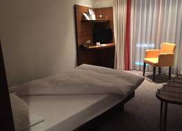 ゲネウィッグ コマーツ ホテル 写真