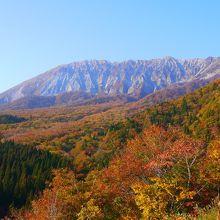 昨年10月に撮影しました。紅葉シーズンがおすすめです!