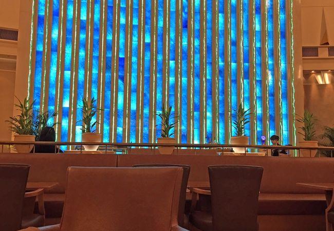 錦糸町の東武ホテルレバント東京のロビーラウンジクリスタルムーブメント