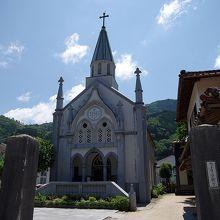 津和野カトリック教会の全景です。