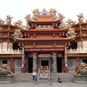 高雄左營孔子廟から徒歩5分のところにある天府宮
