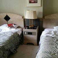 メゾネットのお部屋は下に和室、2階にツインのベッドルーム