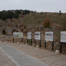 エフェス遺跡の入り口です