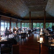 オテマヌ山の絶景が望めるレストラン!