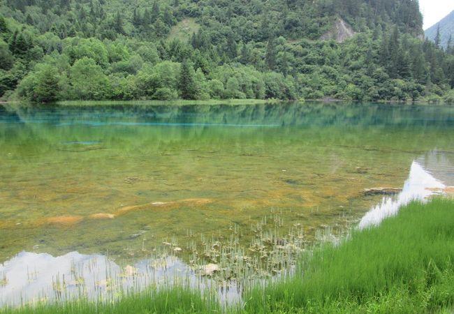 九寨溝の中でも更に透明度の高い湖