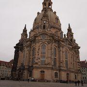 フラウエン教会の南側の広場