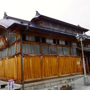 歴史ある飯坂温泉のランドマーク