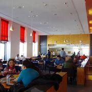 ゴルナーグラートに行ったら、こちらでお食事をget! 外でマッターホルンを眺めながらの食事も出来ます