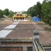 中国風の廟墓