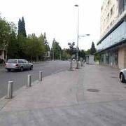 市内中心部の通り
