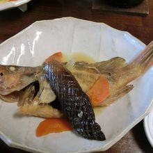 煮魚・フライ・刺身・焼き魚と次から次へと出てくる
