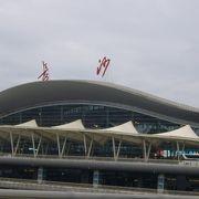 新しい国際空港となっていました