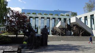 ワルシャワ蜂起の悲劇