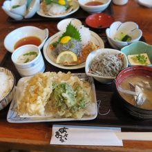 しらす御膳?幸せ?生だけじゃ無く天ぷらも美味しかったぁ