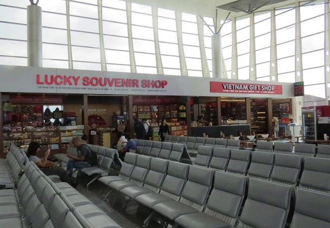 ダナン国際空港の待合室