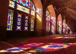 マスジェデ ナスィーロル モスク