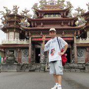 コジンマリとした寺院